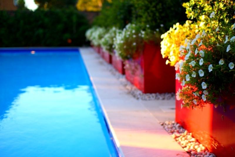 Pool Garden Makeover 006i