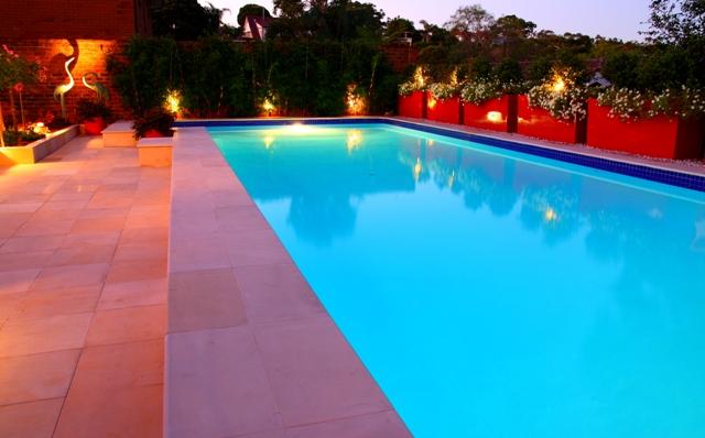 Pool Garden Makeover 014a