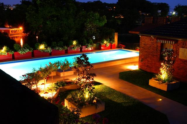 Pool Garden Makeover 021a