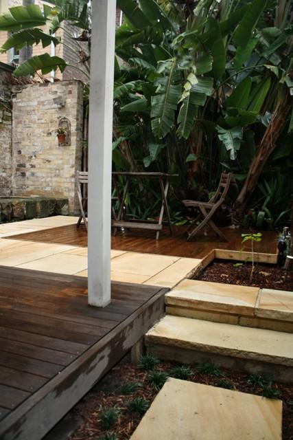 Small Garden 011a