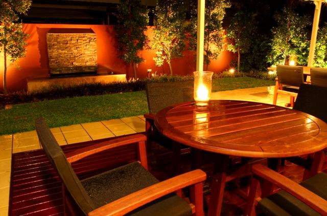 Night garden 004