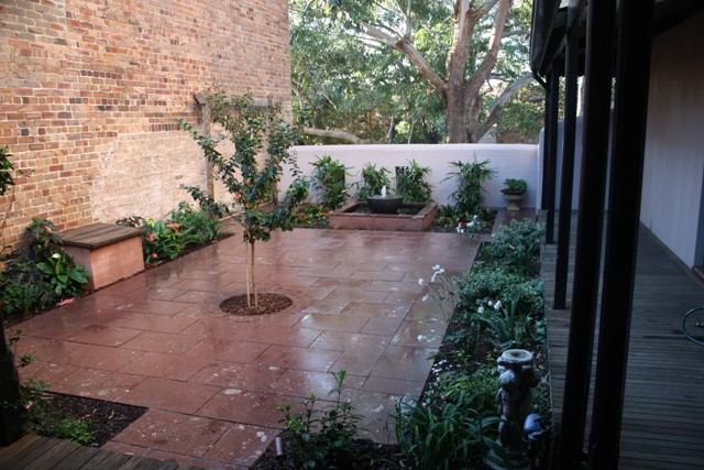 Terrace courtyard  the Smalls at Balmain 028